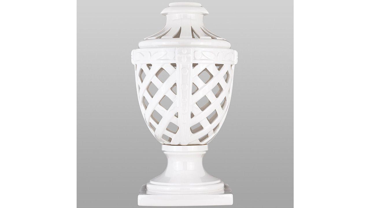 Urn Romano Ceramic White